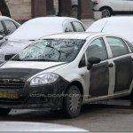 Fiat Linea reestilizado é flagrado na Europa