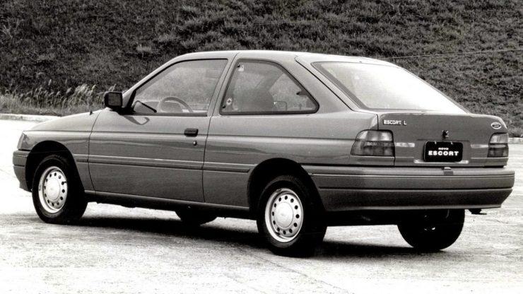 Ford Escort II 4