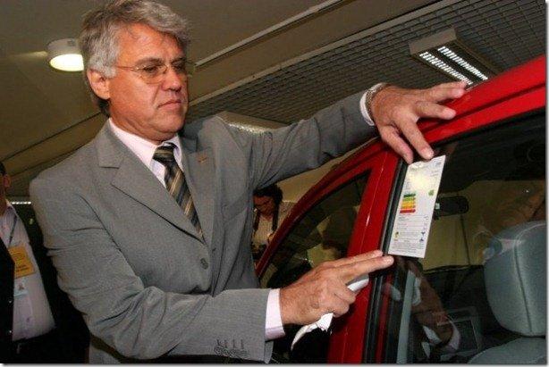 Idec cria petição para tornar obrigatório o o Programa Brasileiro de Etiquetagem Veicular