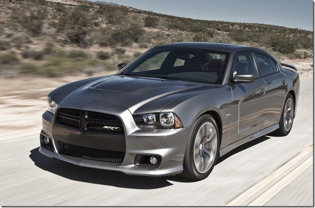 Dodge Charger estará no Salão do Automóvel e deve chegar em 2013