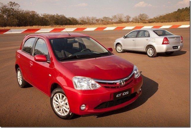 Toyota Etios chega ao Brasil com preços entre R$ 29.990 e R$ 44.690
