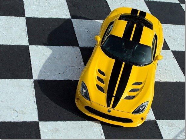 Novo SRT Viper não colocará as rodas na Europa