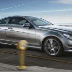 Mercedes-Benz C250 Turbo Sport Coupé chega ao Brasil por R$ 189.900