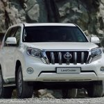 Toyota Land Cruiser estreia novo visual
