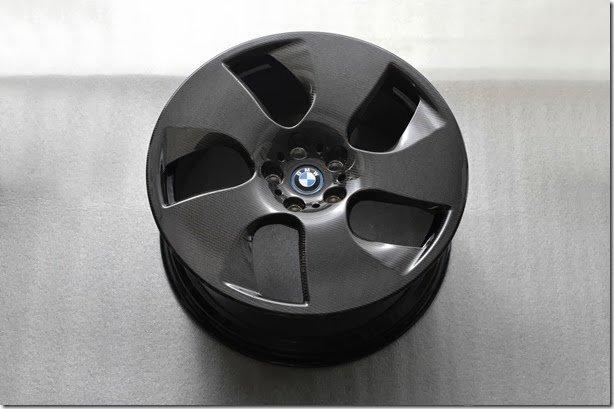 BMW quer oferecer rodas de fibra de carbono em até 2 anos