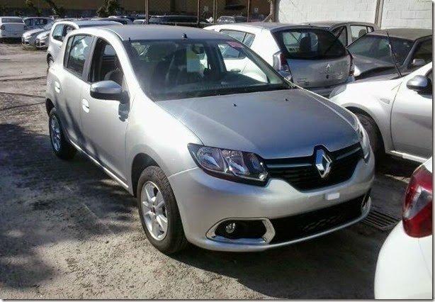 Novo Renault Sandero já está nas concessionárias