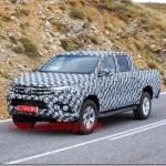 Nova Toyota Hilux 2015 aparece novamente em testes