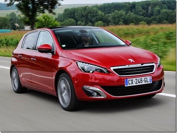 Novo Peugeot 308 chega no ano que vem, mas o antigo permanecerá