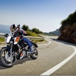 KTM 200 e 390 Duke chegam em maio