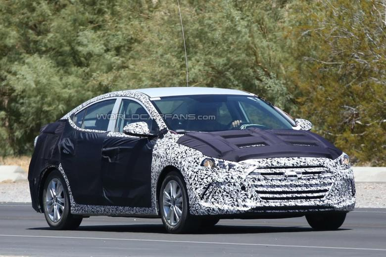 Novo Hyundai Elantra pode ser apresentado em novembro no Salão de Los Angeles