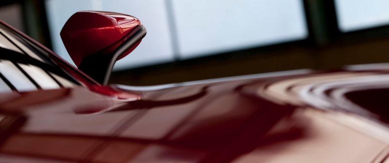Alfa Romeo divulga teaser de novo sedã