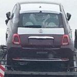 Fiat 500 reestilizado é visto sem camuflagem na Itália