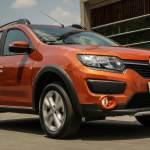 Renault Logan e Sandero 2016 têm central multimídia mais inteligente