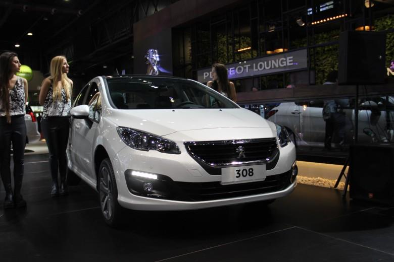 Peugeot 308 e 408 reestilizados para o Mercosul estreiam em Buenos Aires