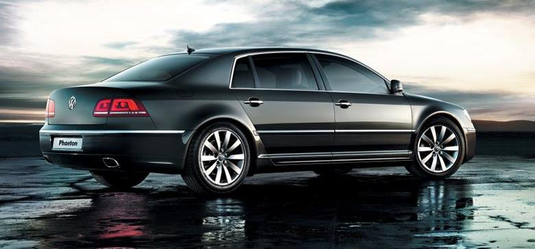 Com nova geração a caminho, Volkswagen Phaeton é descontinuado no Reino Unido