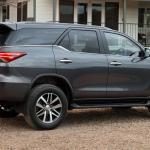 Esta é a nova Toyota SW4 2016