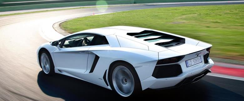 Lamborghini descarta o uso de motores turbo em seus superesportivos por enquanto