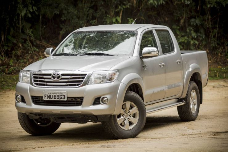 Toyota Hilux SRV Flex (2)