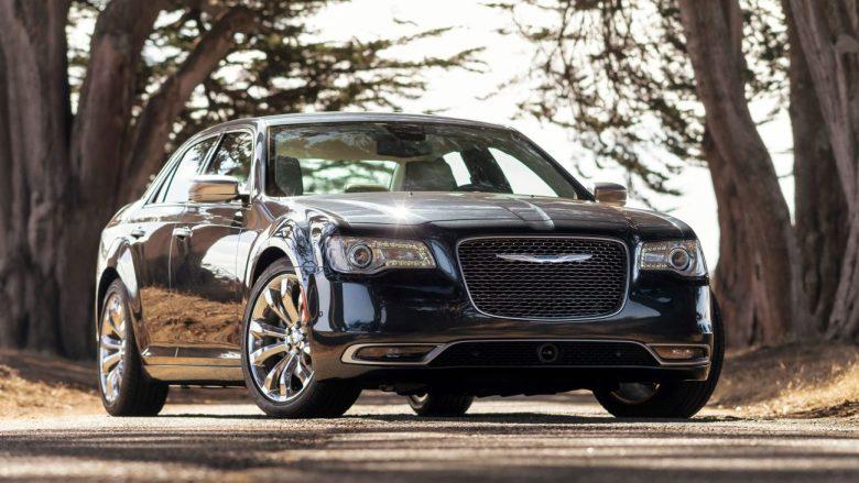 Chrysler 300C 2015 estreia no Brasil por R$ 204.900