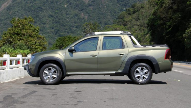 Renault Duster Oroch Dynamique 2.0 (10)