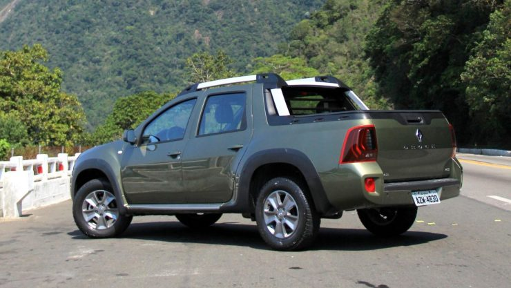 Renault Duster Oroch Dynamique 2.0 (9)