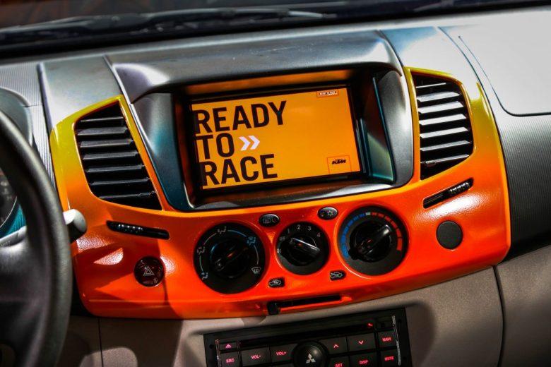 Parceria entre KTM e Mitsubishi resulta na nova L200 Triton KTM Series