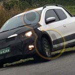 Leitor flagra Volkswagen Saveiro reestilizada em testes
