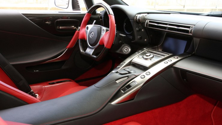 Lexus LFA 2012 (3)