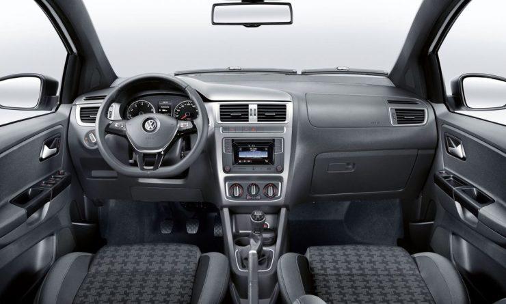 Volkswagen Fox Track 2016 (5)