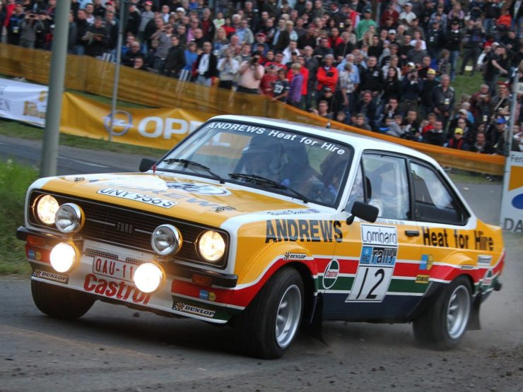 ford_escort_rs1800_rally_car_3