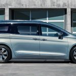 008-2017-chrysler-pacifica-hybrid-1