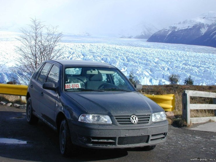 Entre 2004 e 2005, o Gol foi exportado para a Rússia, sendo o primeiro carro brasileiro a circular naquele país.Os carros desembarcavam na Finlândia após 30 dias de viagem e depois seguiam por terra até Moscou. Em 2003 foi eleito o carro compacto mais bonito do Salão de Moscou.
