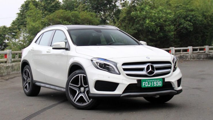 Mercedes-Benz GLA 250 (1)