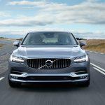 Novo Volvo V90 é flagrado sem disfarces