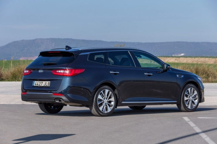 New-Kia-Optima-SW-Primeira-marcha (3)