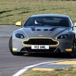 Câmbio manual de sete marchas é novidade para o Aston Martin Vantage S