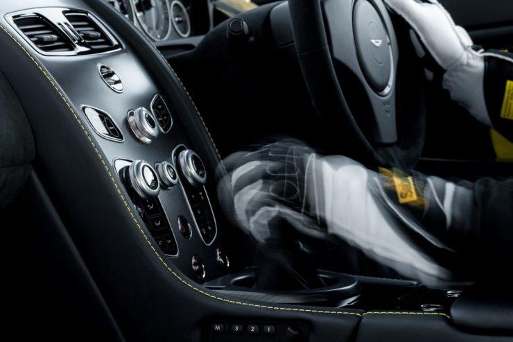 2016-aston-martin-v12-vantage-s-manual-7