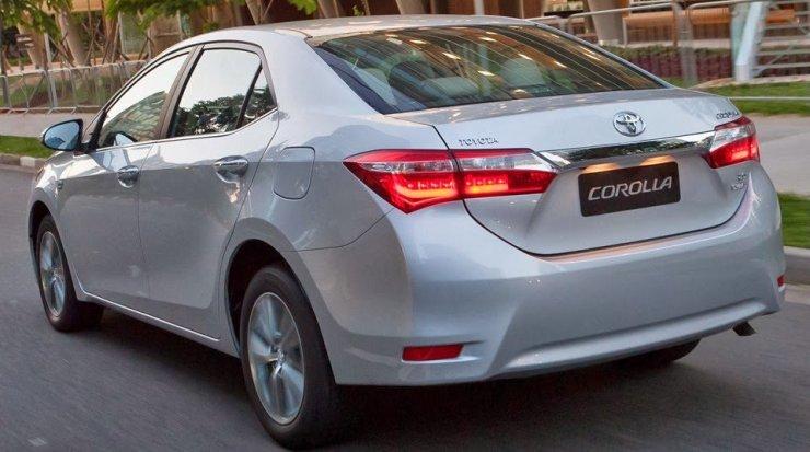 Toyota Corolla 2015 (1)[3]