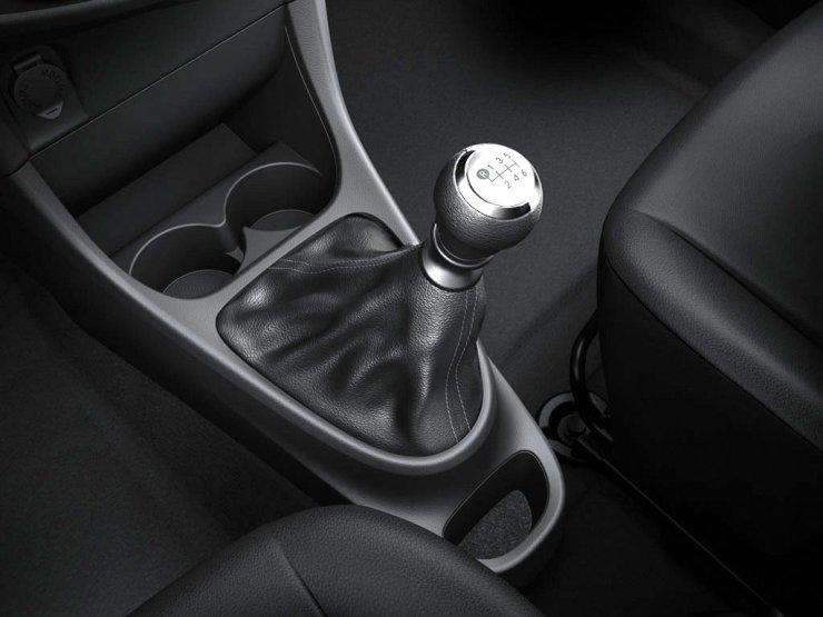 Toyota Etios 2017 (9)
