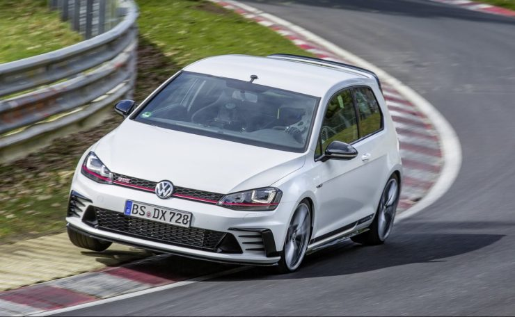 2016-VW-GOLFGTI-ClubsportS-01