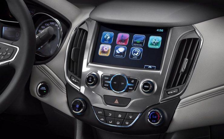 Chevrolet-Cruze-MyLink-2 (1)