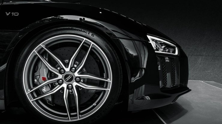 audi-r8-v10-plus-mythos-black1 (1)