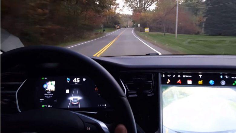 Tesla Model S em modo autônomo se envolve em primeiro acidente fatal