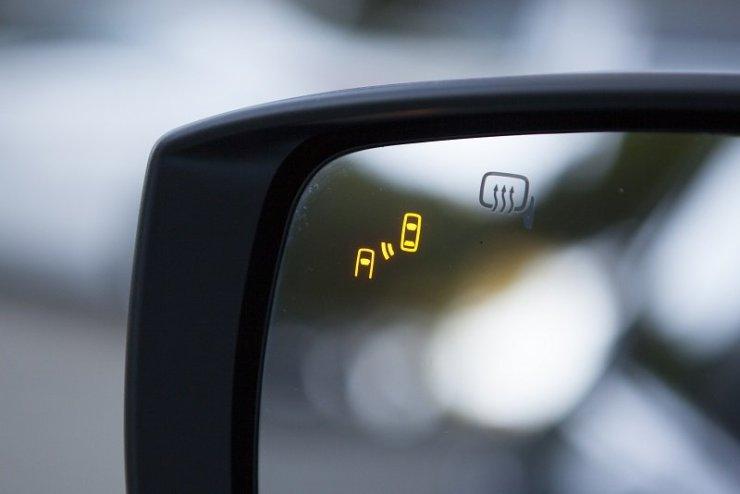 subaru_outback___sistema_subaru_rear_side_vehicle_detection___baixa___imagem_02