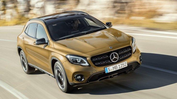 Mercedes GLA estreia reestilização no Salão de Detroit