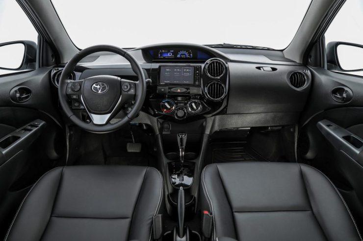 Toyota Etios 2018 (20)