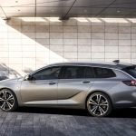 Opel-Insignia-Sports-Tourer-06