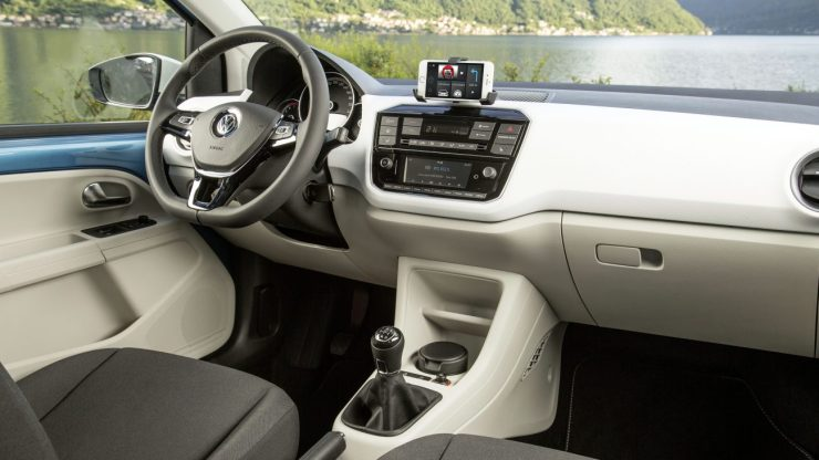 volkswagen_up_5-door