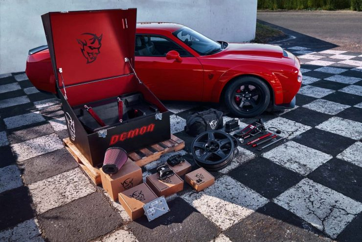 The custom-painted Demon Crate contains components that maximize the Challenger SRT Demon's flexibility, exclusivity and future collectability.