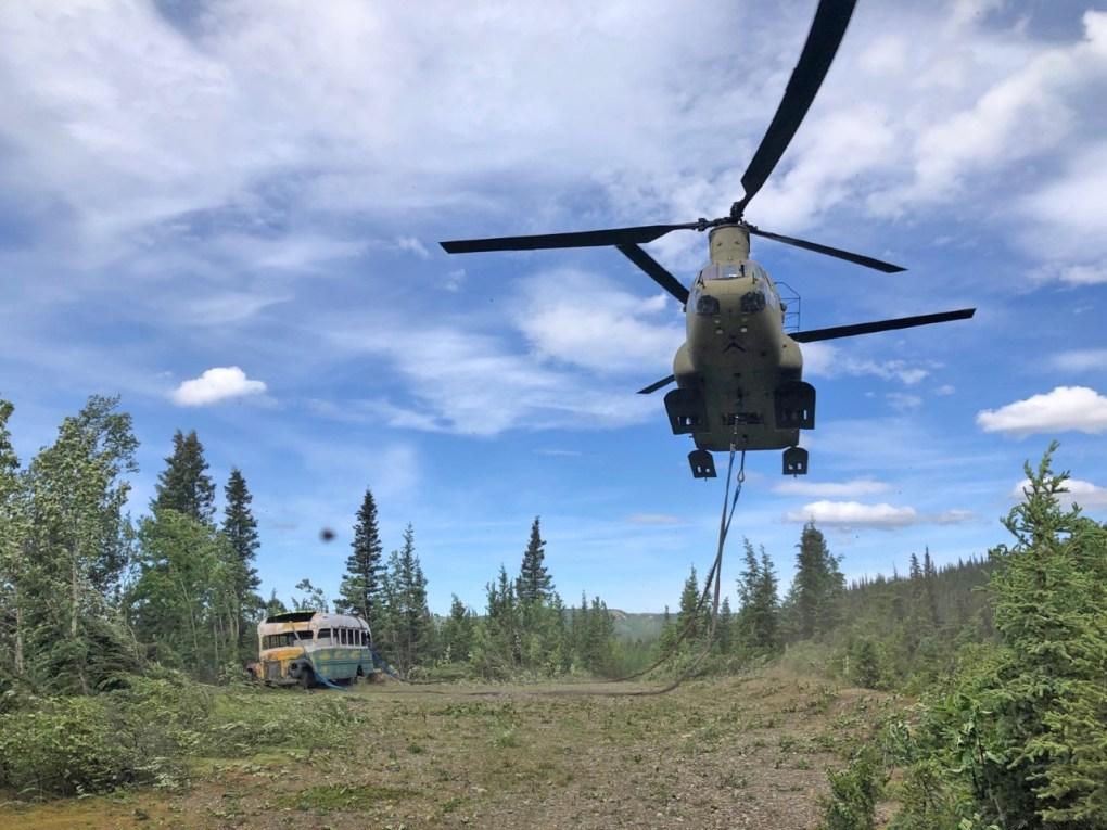 Operação de retirada do Magic Bus, no Alaska
